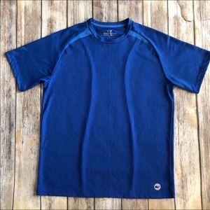 EUC VINEYARD VINES Men's Blue Dry Fit Shirt - L